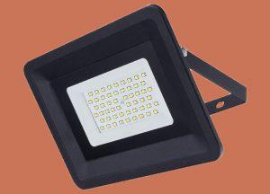 Фасадно осветление с LED прожектор 50W